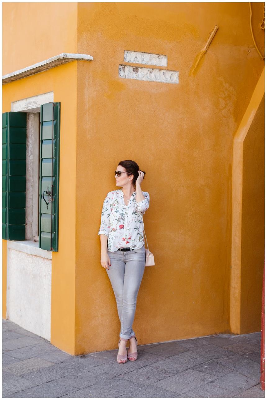 Colors of Burano - Fruehlingsoutfit