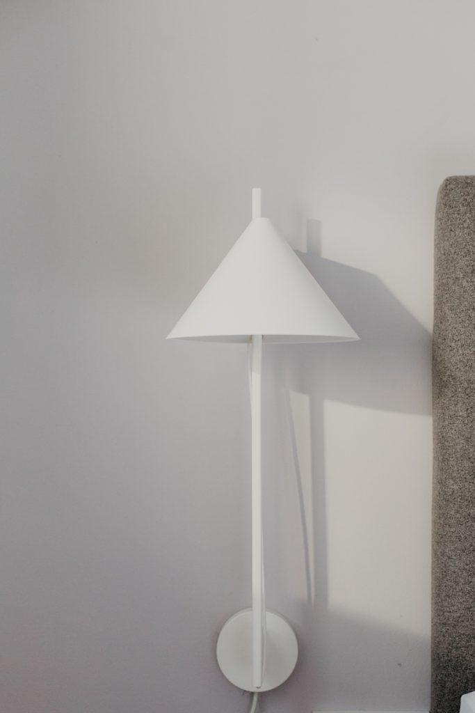 YUH Lampe Weiß von Louis Pulsen