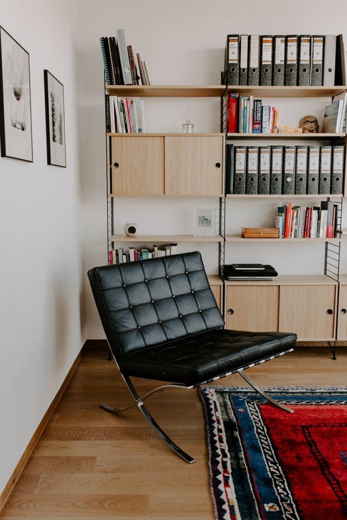 Barcelona Chair , Bauhaus Stil , Wiener Wohnsinn Blog