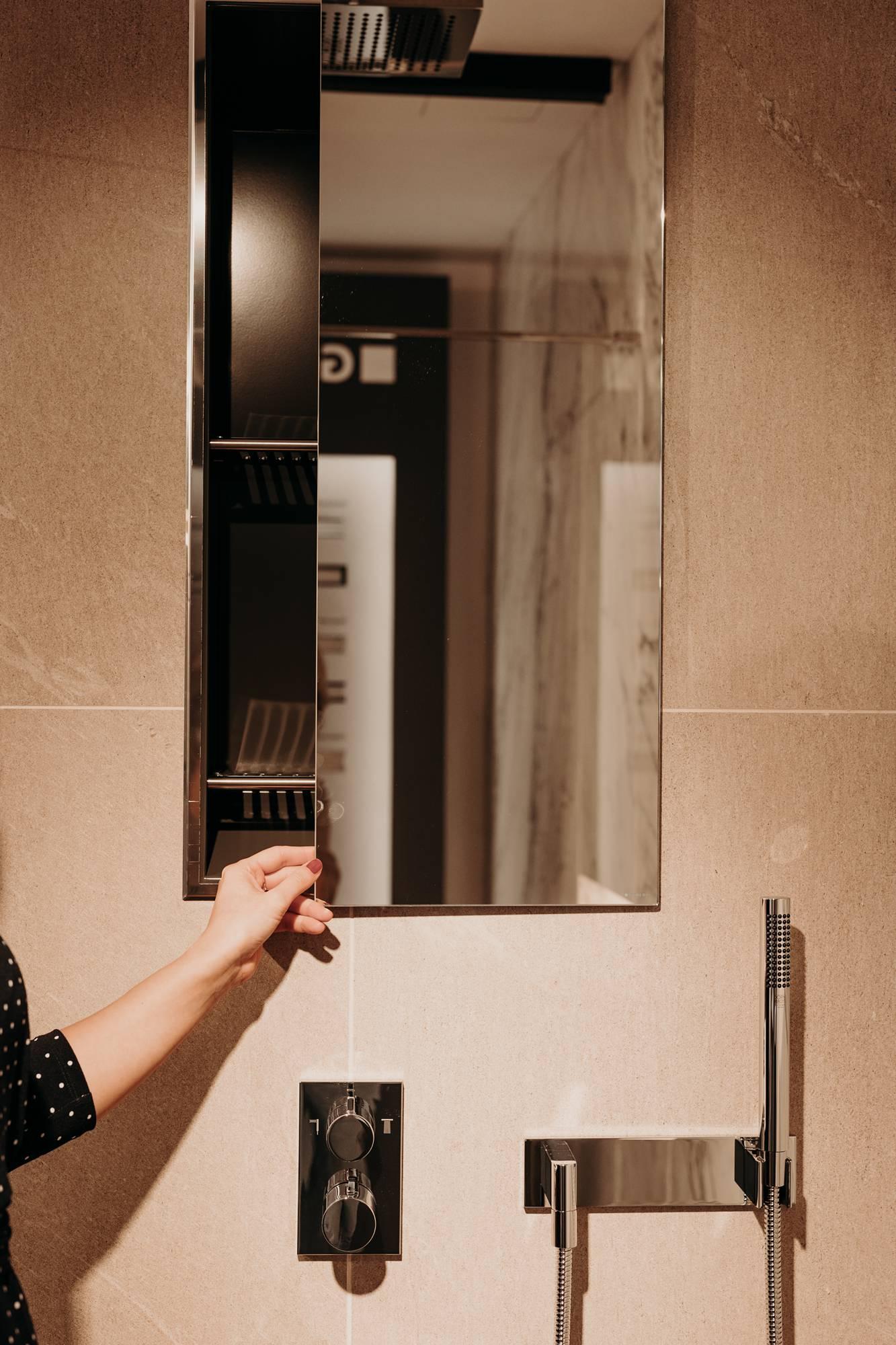 versteckte Staufläche in der Dusche © Wiener Wohnsinn